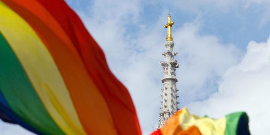 Eglise et LGBT, une relation conflictuelle et un manque de respect évident.